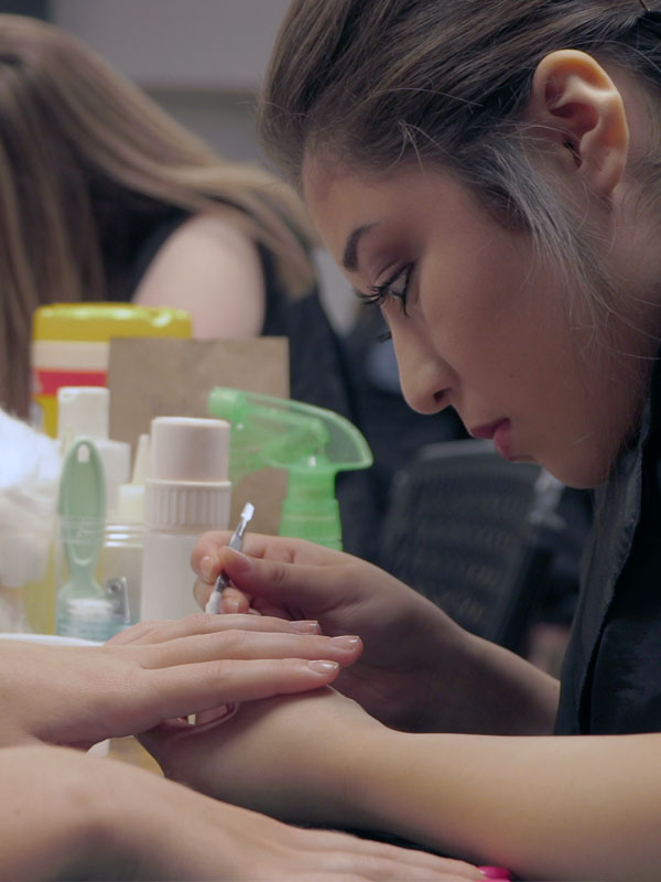 nail technician courses kansas
