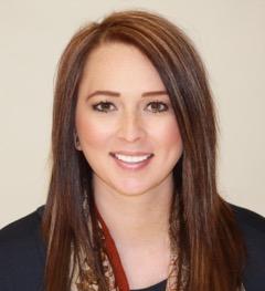 Lauren Goebel – Salon Coordinator