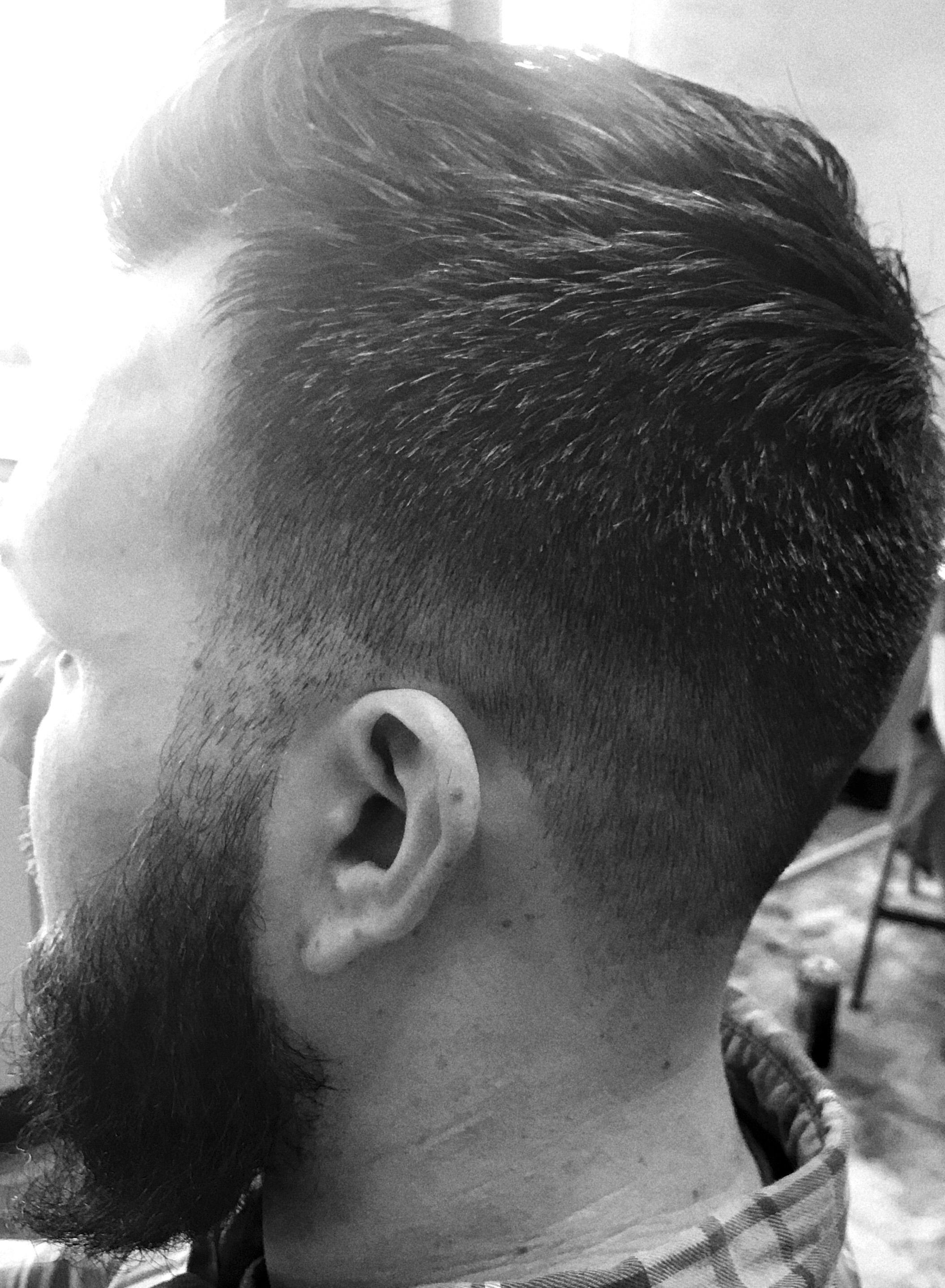 Men's fade hair style
