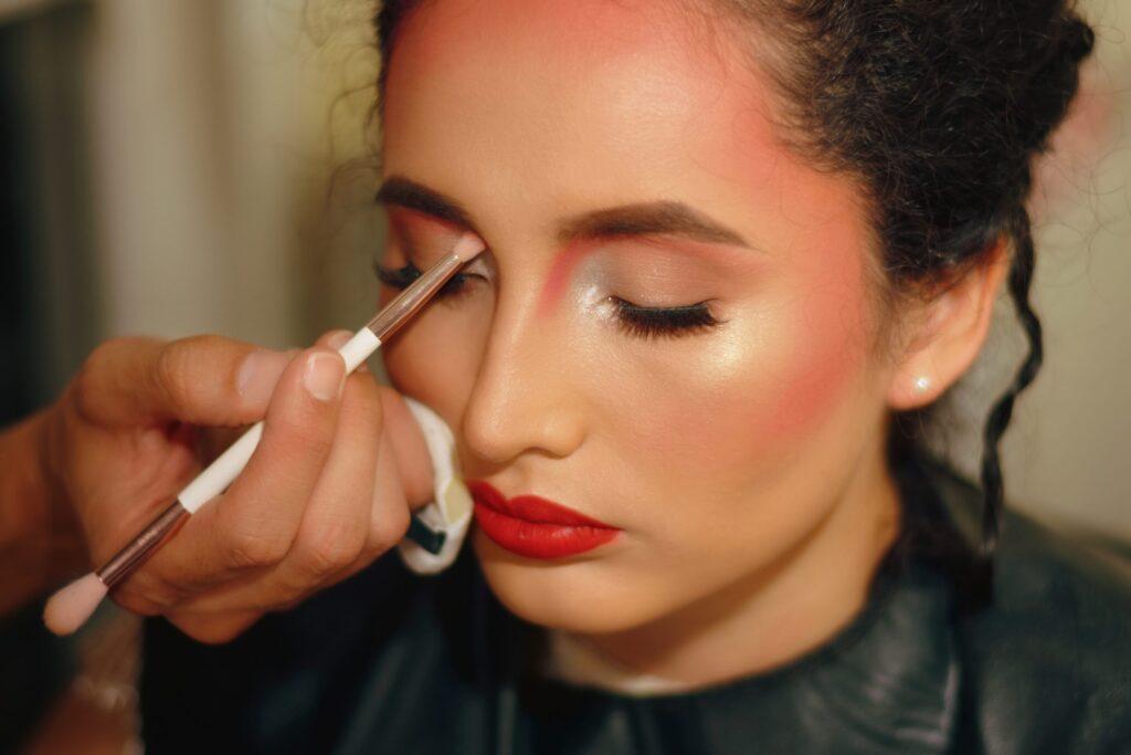 client receiving a makeup service